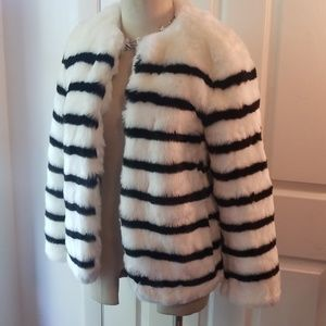 Stunning Gap white striped faux fur coat